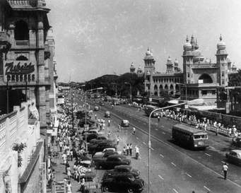 gold loan Old Madras Road